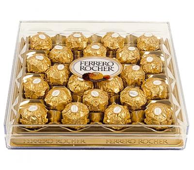 Наборы конфет на Новый год FERRERO ROCHER 300г